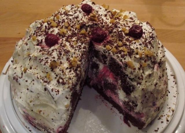 Торт Санчо с вишней