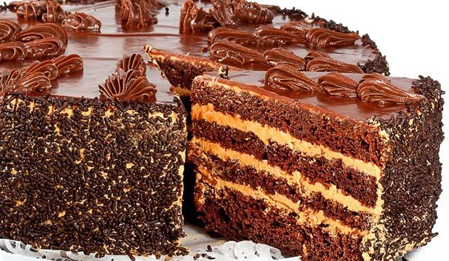 Шоколадный торт на годовщину