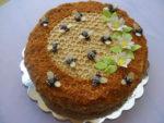Рецепт торта медовика с добавлением сметанного крема