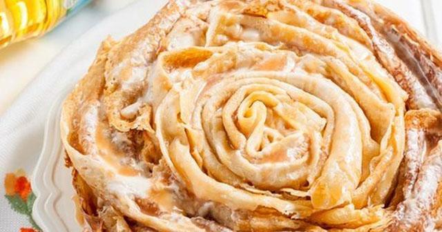 Блинный торт роза в карамели