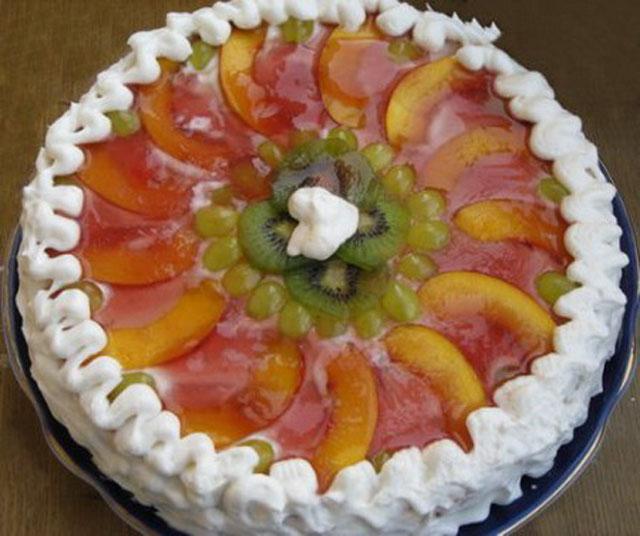 Фруктовый торт с творожным кремом