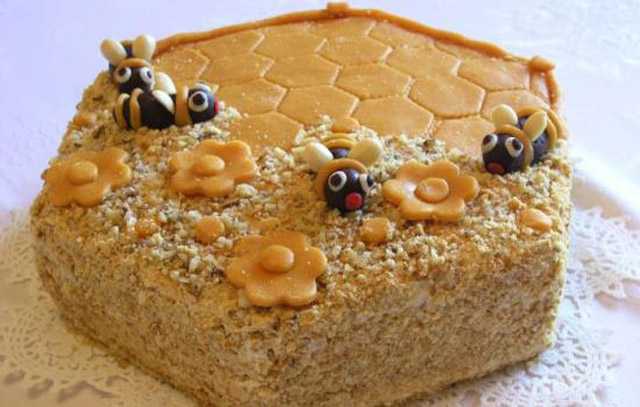 Как сделать медовый торт в домашних условиях