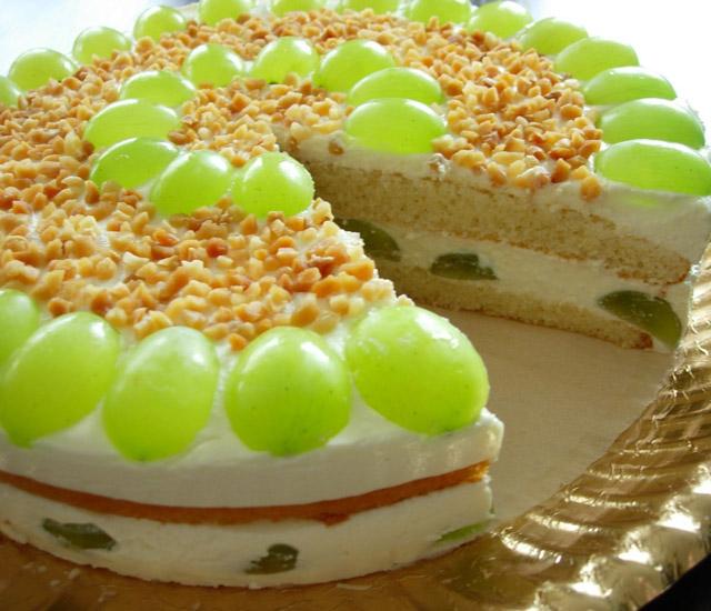 Торт с виноградом