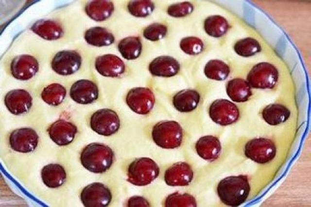 Рецепт манник на кефире с вишней рецепт с пошагово