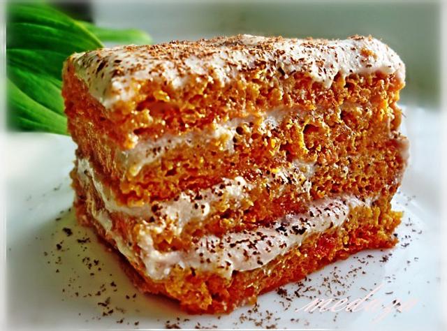 Морковно-твороженный торт