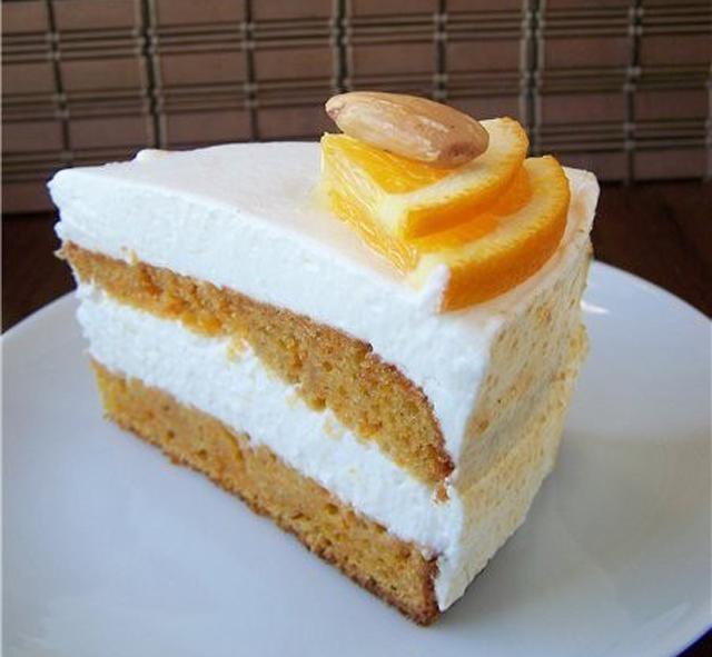 Торт с кремом и апельсином