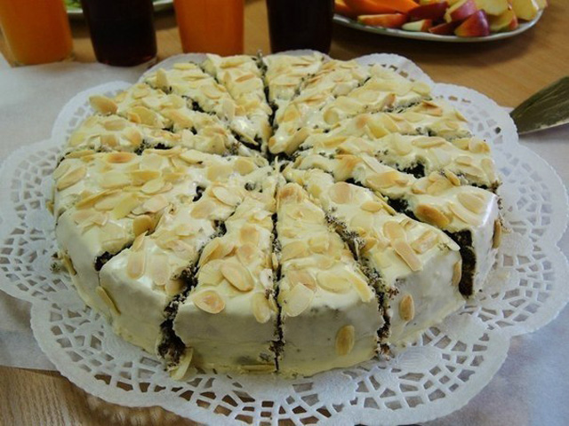 Торт с миндалем