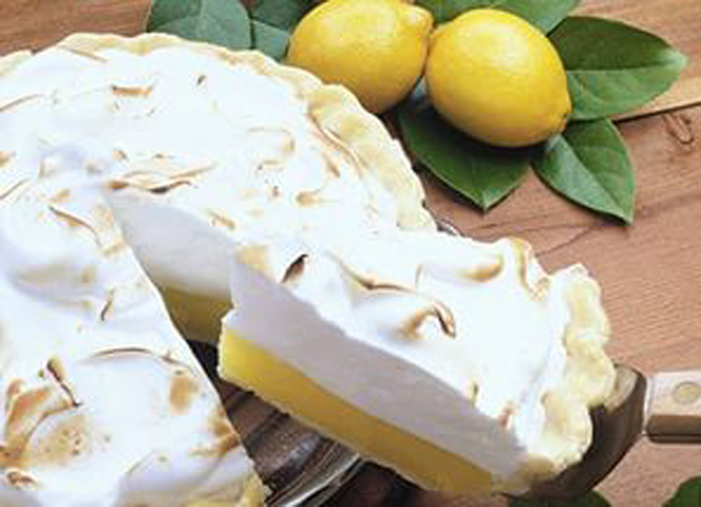 Торт и лимоны