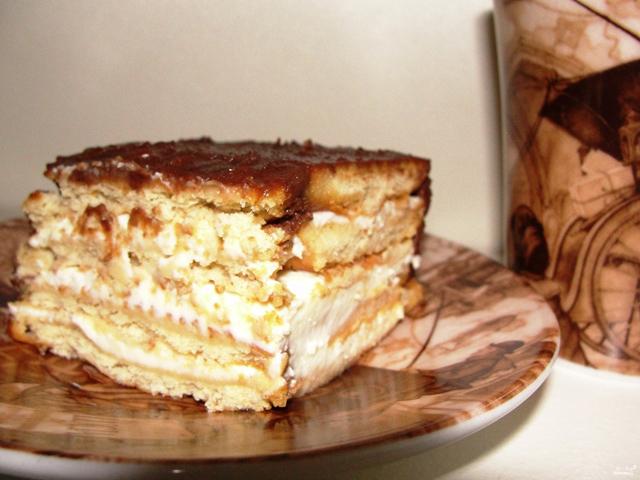 Торт с печеньем