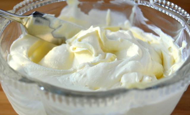 Крем для торта из сметаны и желатина