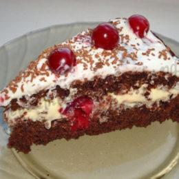 Вишневый торт с кремом из сметаны – варианты выпечки