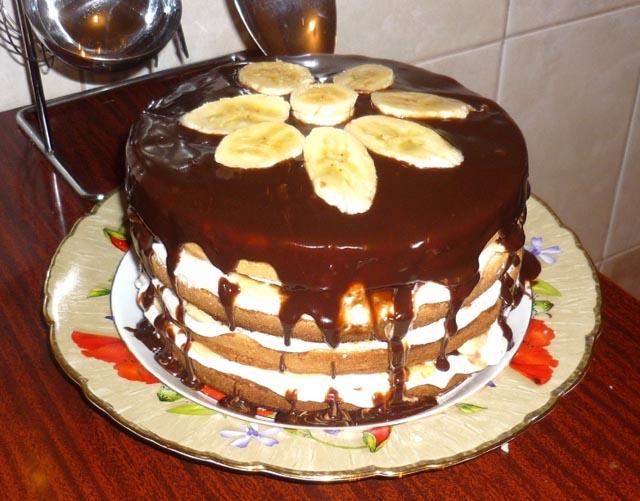 Торт с шоколадом и банами