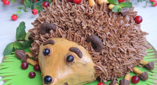 Ежик на торте как сделать