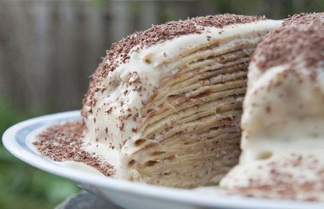 Торт из слоеного теста со сметанным кремом