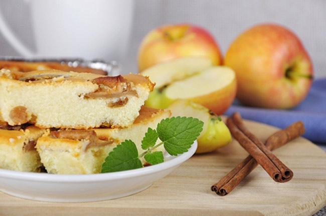 Пирог с яблоками и творогом: простой рецепт