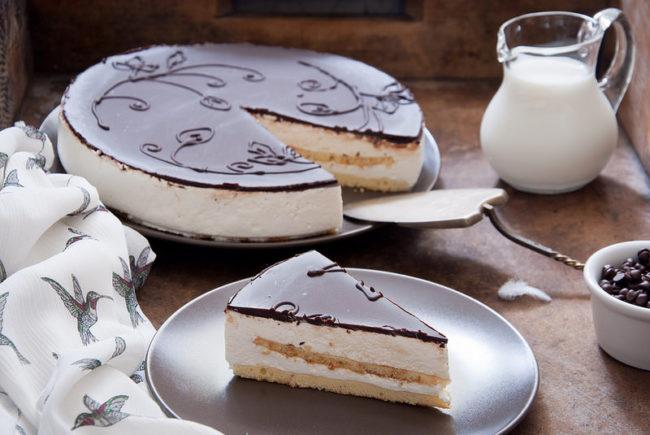 """Торт """"Птичье молоко"""": рецепт с фото пошагово, в домашних условиях"""