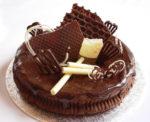 Как украсить торт шоколадом в домашних условиях