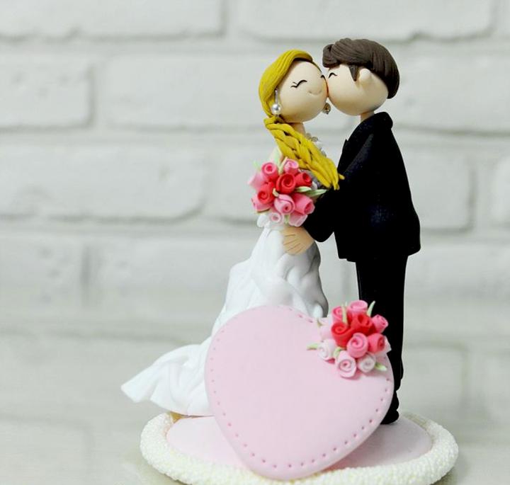статуэтки жениха и невесты на торт