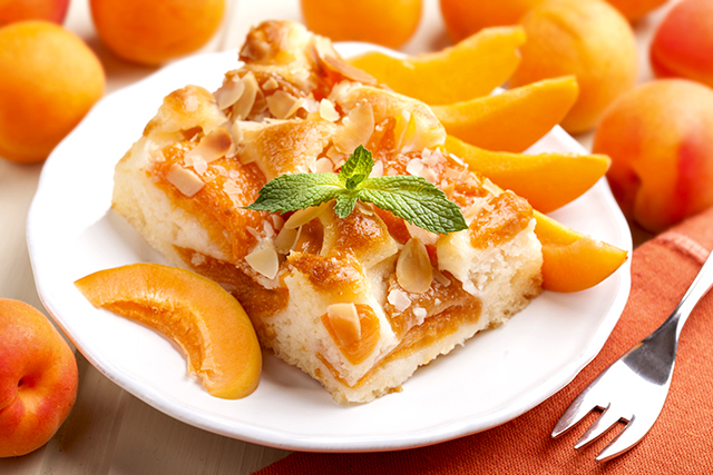 заливной пирог с абрикосами рецепт
