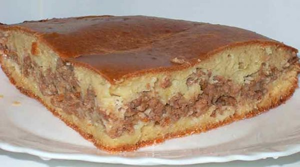 Мясной пирог на кефире с фаршем