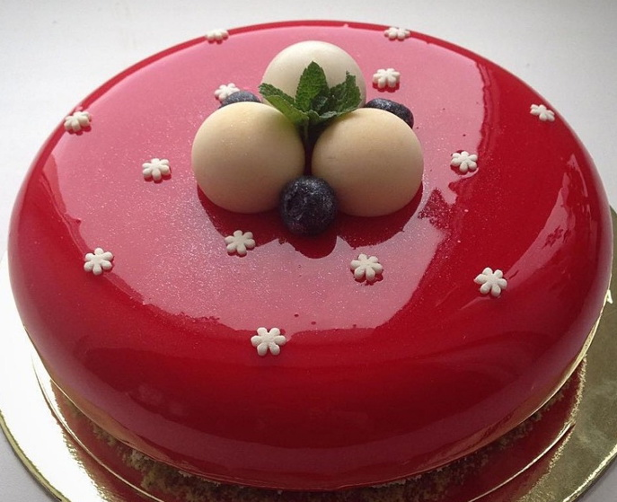 Как сделать муссовый торт с зеркальной глазурью
