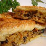 Пирог с квашеной капустой: вкуснейший рецепт с фото