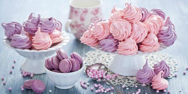 Цветное пирожное безе