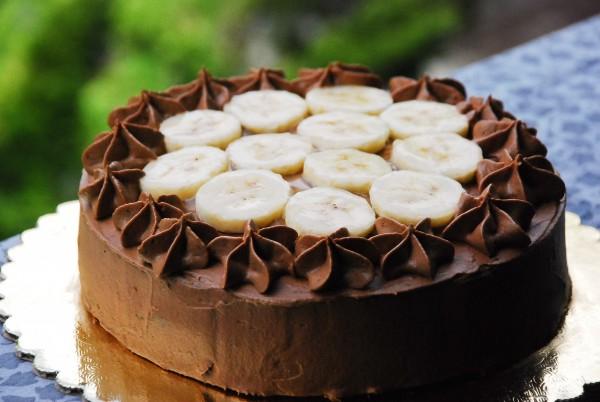 Ореховый шоколадный торт без выпечки