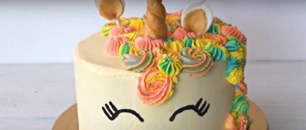Торт Единорожка из мастики и крема