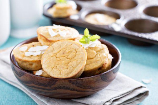 Кексы с начинкой из ананаса