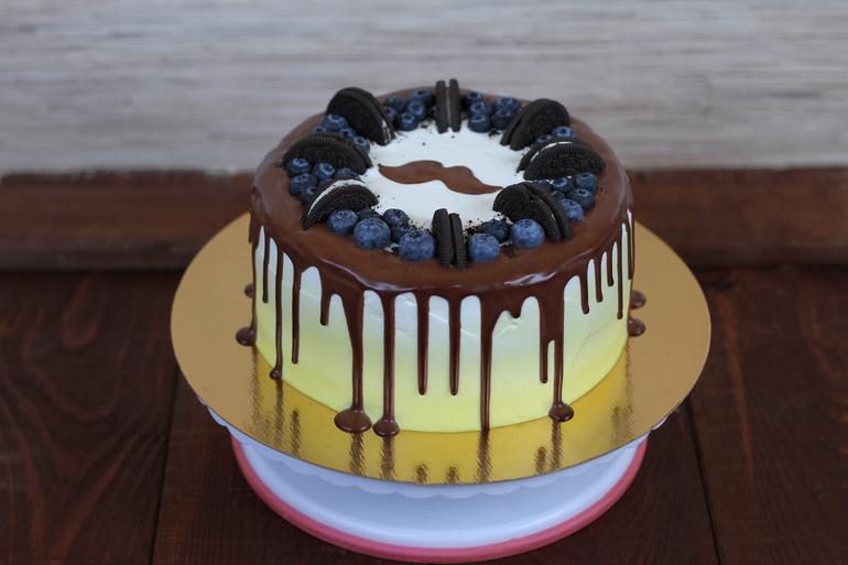 Украшение торта на День рождения для мужчины