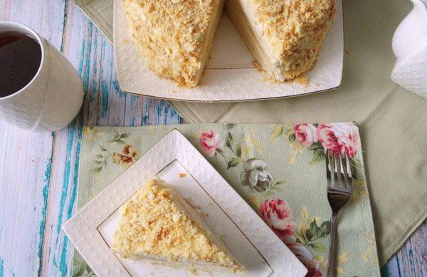 Рецепт торта Наполеон с заварным кремом и водкой