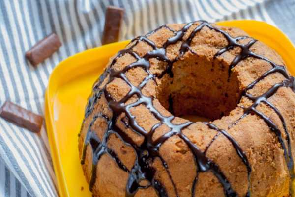 Кекс с орехами и корицей