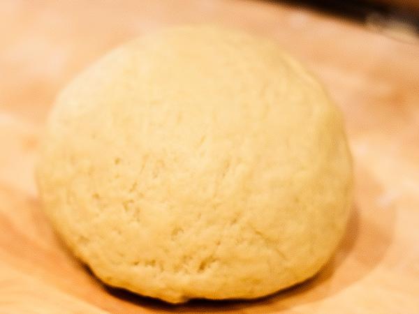 Сметанное песочное тесто для сладких пирогов